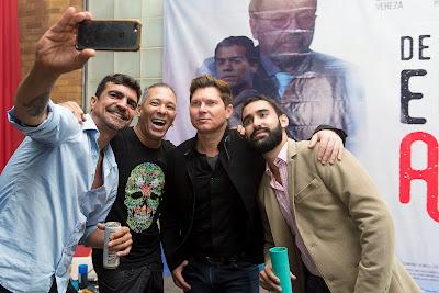 O empresário Marcelo Cardoso posa com Bruno Saglia, o promoter David Santiago e o produtor João Pedro Durão