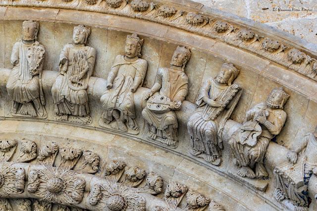 Ancianos Apocalípsis, portada norte Colegiata Santa Maria - Toro