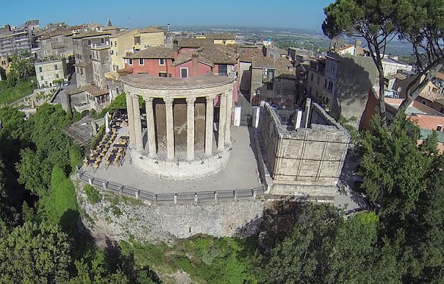 Templo de Vesta visto de frente