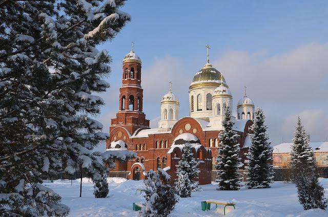 Храм в Лысьве, зима