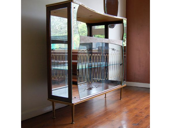Vintage display cabinet  sc 1 st  Hey! Homewrecker & Hey! Homewrecker: Vintage display cabinet