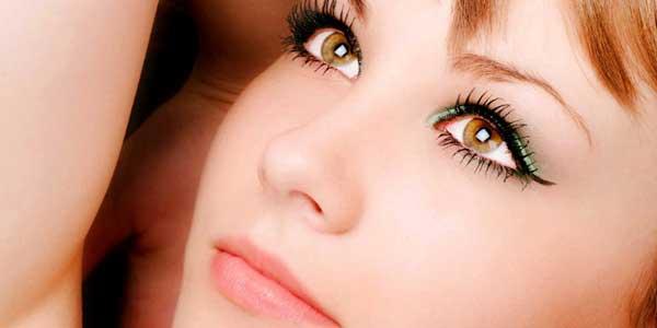 como hacer un maquillaje de dia para ojos marrones