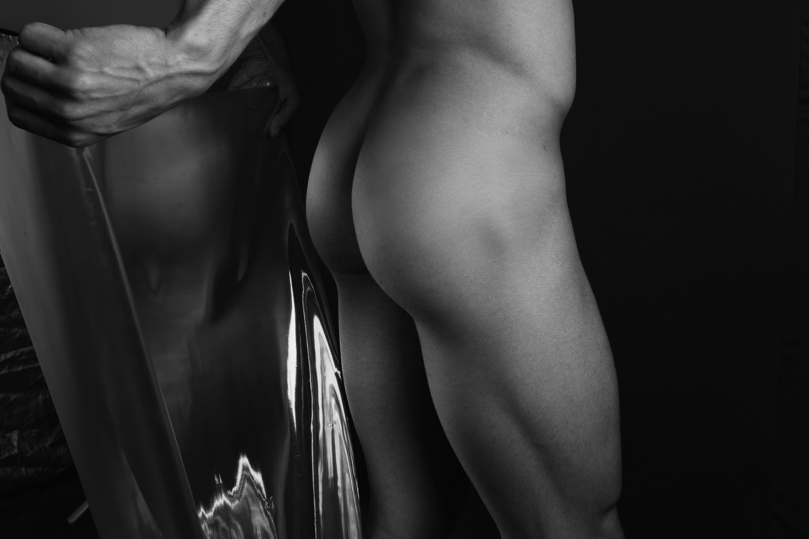 MenS SanA in CorporE SanO (IV), by Marcelo Magnani ft Tiago Volpato (NSFW).