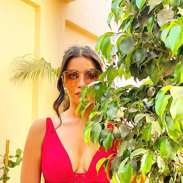 Actress Nyra Banerjee Hot Pics Actress Trend