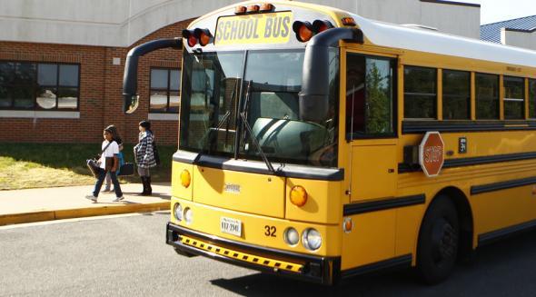 Πράκτορες της CIA ξέχασαν... εκρηκτικά σε σχολικό λεωφορείο