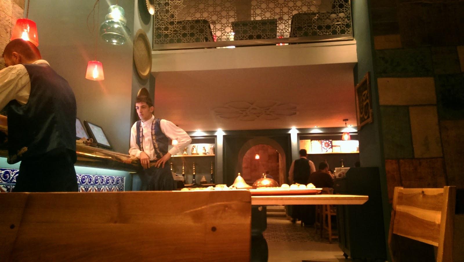 Observator gastronomic un blogger gastronom la divan for Divan floreasca