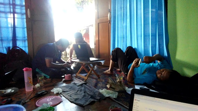 Tim FOPPSI Wanasaba Merancang Pembuatan Website