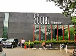 Nama Tempat Pusat Perbelanjaan Factory Outlet di Bandung - Secret Factory