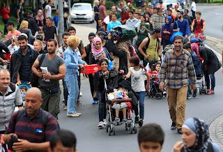 Πόσοι είναι συνολικά οι πρόσφυγες και οι μετανάστες στην Ελλάδα;