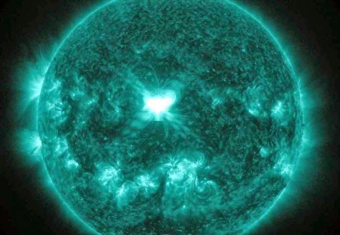 Image Result For Badai Matahari