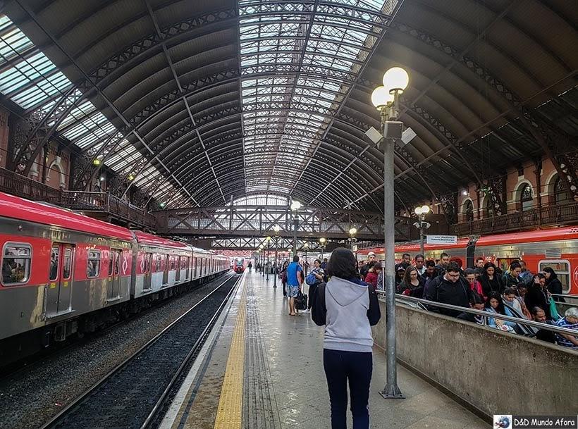 Estação de trem Luz em São Paulo - Trem para Guarulhos, São Paulo: como funciona