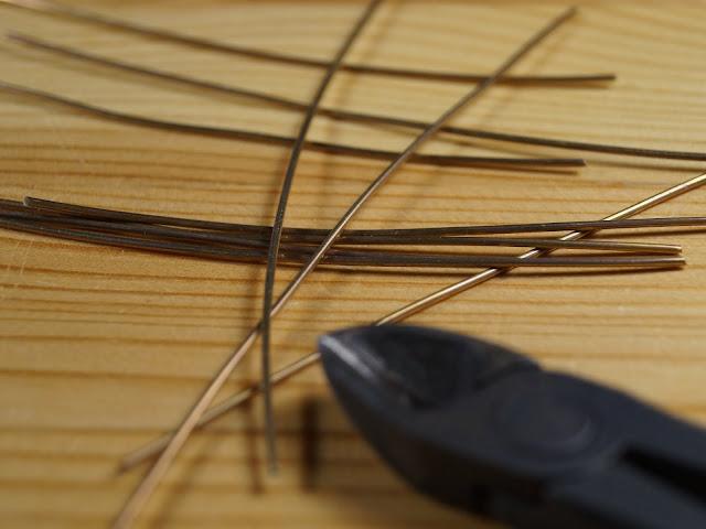 Заготовки из латуной проволока для изготовления креплений внутренней проводки