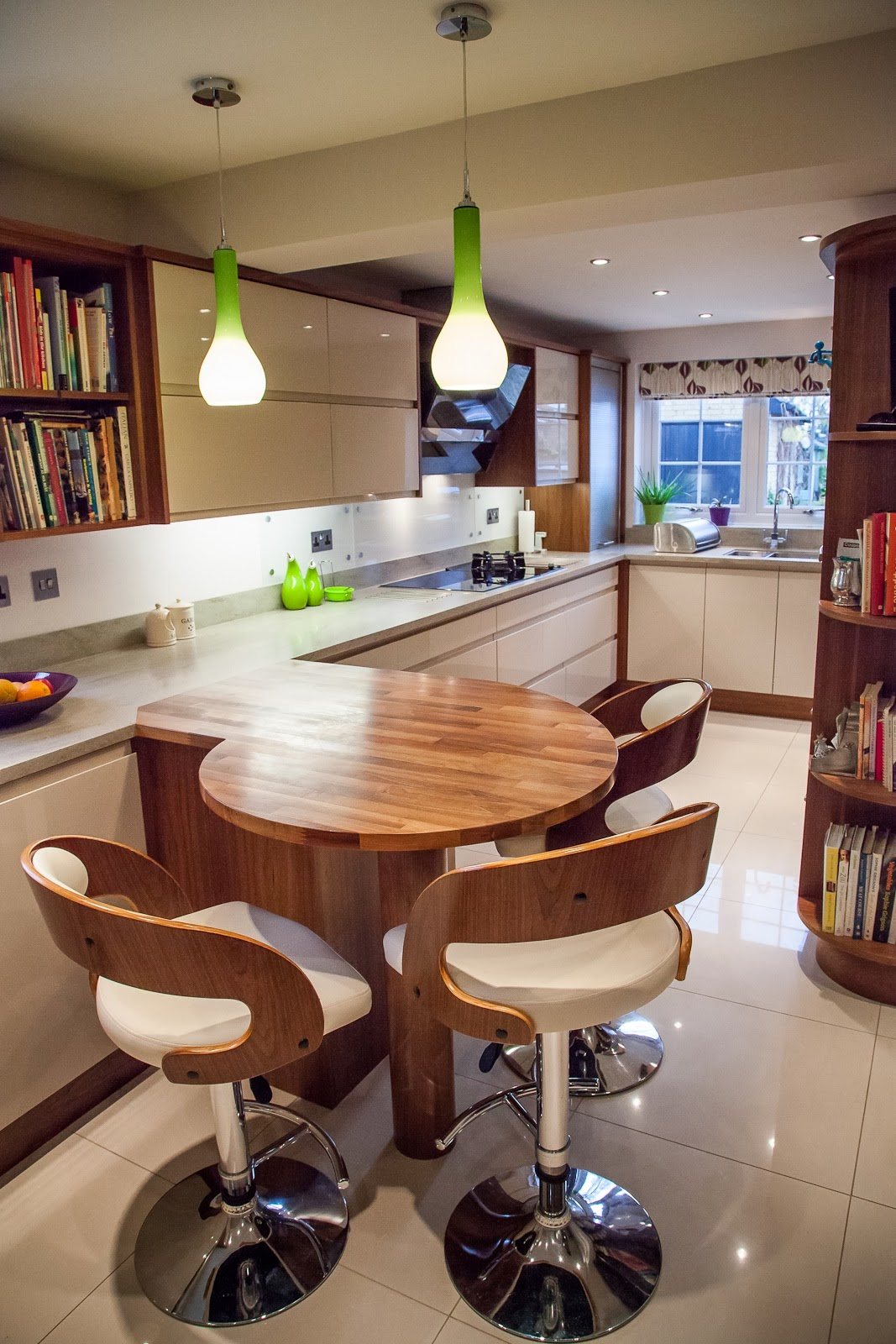 Planet Furniture Smart Walnut  Gloss Kitchen