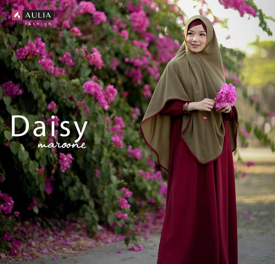 Koleksi Gamis Aulia Set Terbaru Daisy Maroon