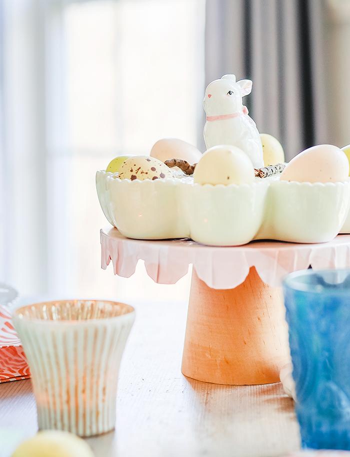 egg holder on cake stand