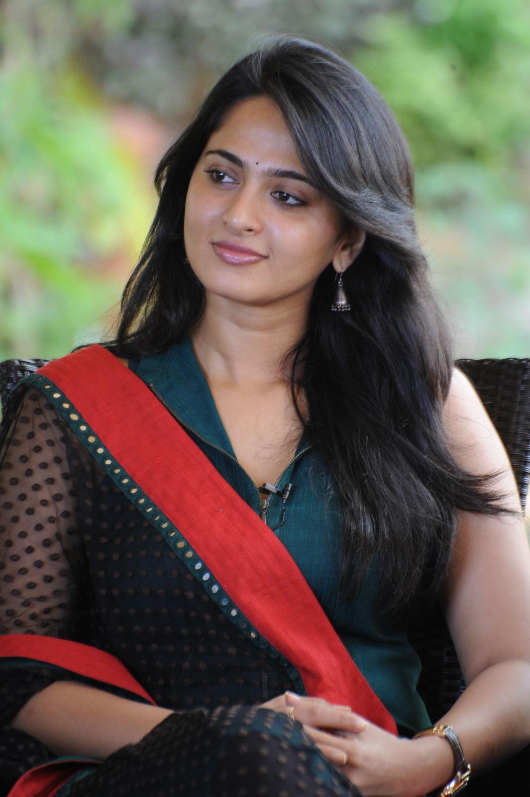 anushka tamil actress images