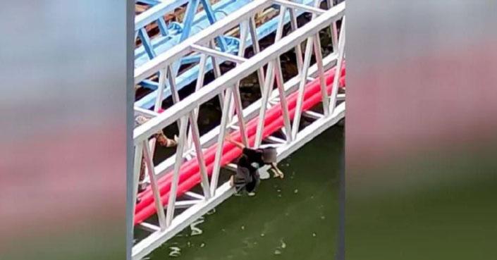 Gadis Terjun Ke Sungai Sembulan Diselamatkan Bomba