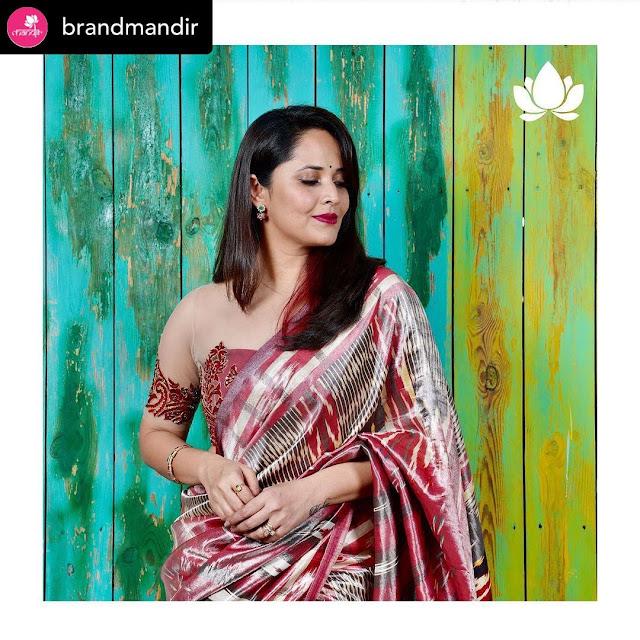 Anasuya Bharadwaj Latest HD Photos in Kanchipattu Saree Navel Queens