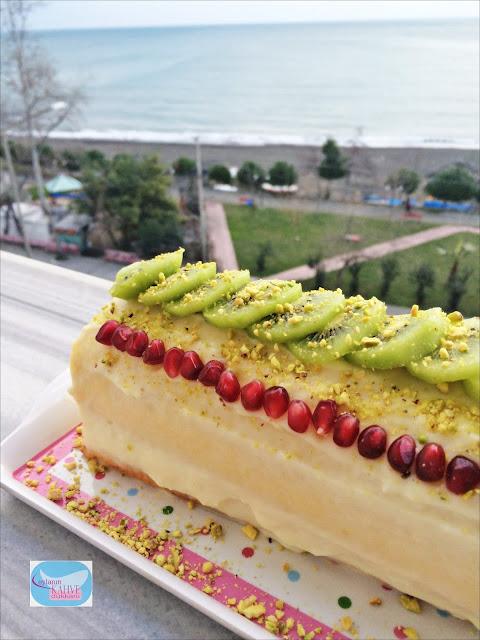rulo pasta nasıl yapılır ? meyveli rulo pasta tarifi.