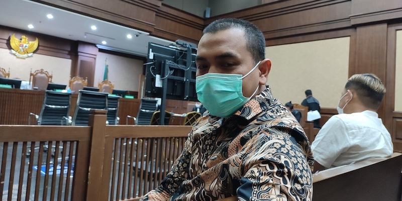 Azis Yanuar Hadir di Sidang Bansos Bersama Saksi, Ada Apa?