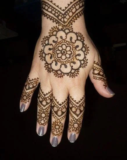 Domes and Paisley Mehandi Design