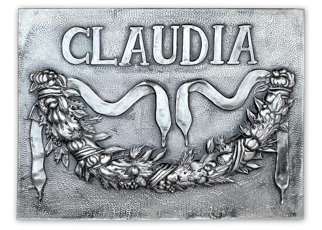 Placa para Claudia