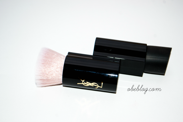 Top Secrets_Satin_Glow_Brush_YSL_01