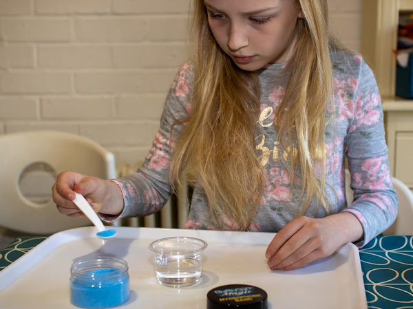 Review: STEM kits for glow in the dark, sensory and bugs