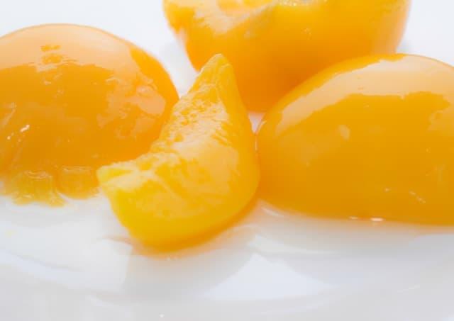 receita de pavê com pêssego em calda