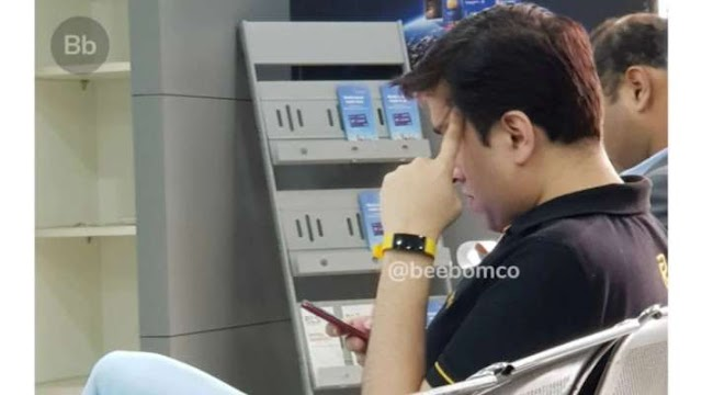 Realme fitness band leaked as Madhav Sheth is spotted wearing one