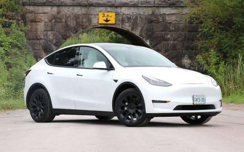 Tesla is testing the Luminar laser sensor