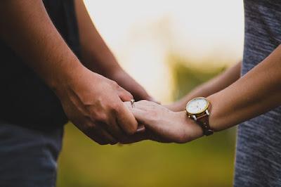 5 Hal Yang Harus Dihindari Ketika Kencan Pertama