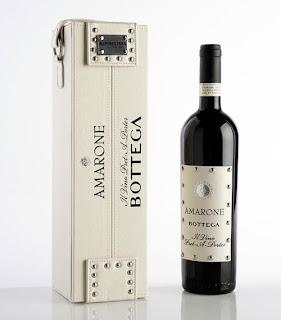 diseños de botella de vino con caja y etiqueta