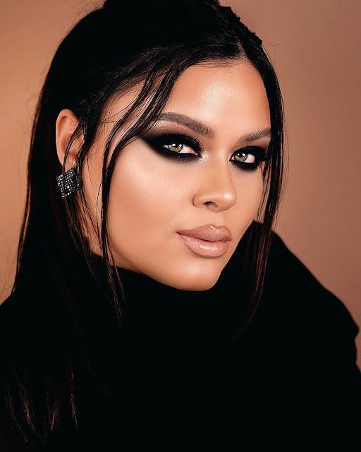 Maquiagem com sombra black