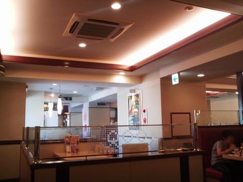 店内2 デニーズ小田井店