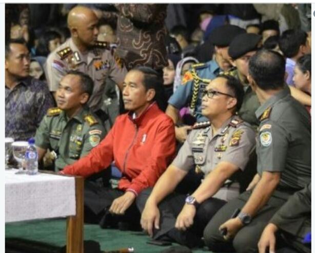 Jokowi Nobar Film G30S/PKI di Makorem Bogor, Cebong KLENGER