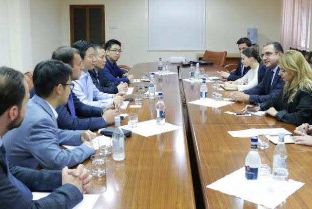 Armenia y China analizan proyectos empresariales conjuntos