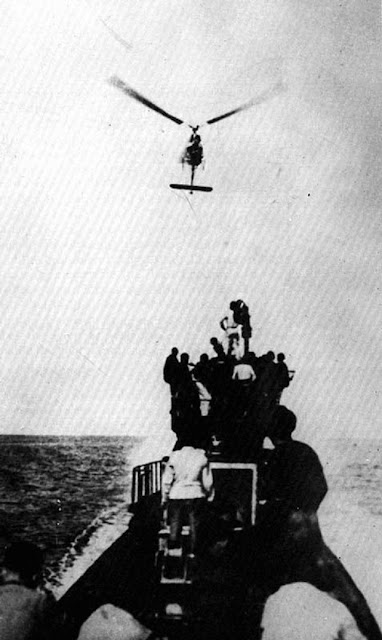 U-boat using a Focke-Achgelis Fa 330 manned rotor kite worldwartwo.filminspector.com