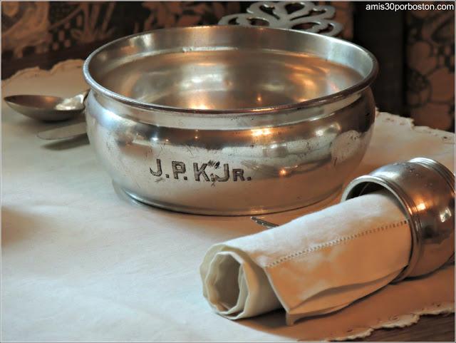 Casa de Nacimiento de Jonh F. Kennedy: Tazón JPK JR.