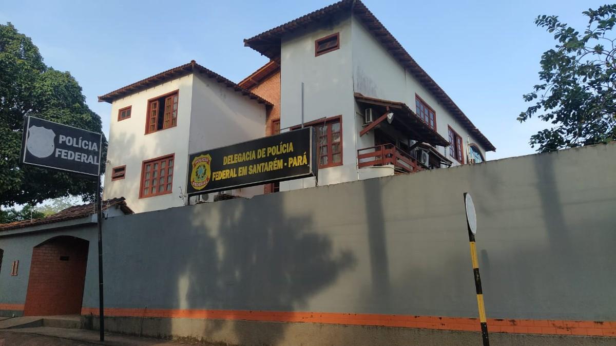 PF em Santarém ouve feminista que disse não votar em