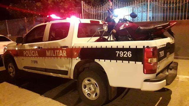 EM AÇÃO RÁPIDA, POLÍCIA MILITAR RECUPERA VEÍCULO ROUBADO INSTANTES APÓS O CRIME, NA ZONA RURAL DE DESTERRO