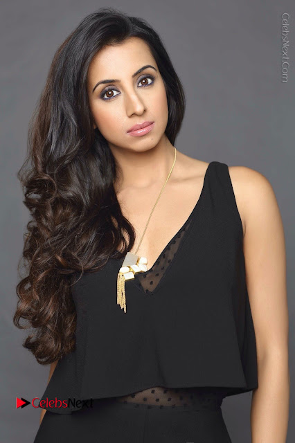 Actress Sanjjanaa Galrani Latest Po Shoot Gallery in Black Dress  0001.JPG