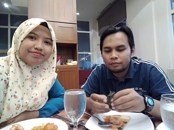 Buffet Ramadhan Hotel Bangi-Putrajaya : Puas hati makan.