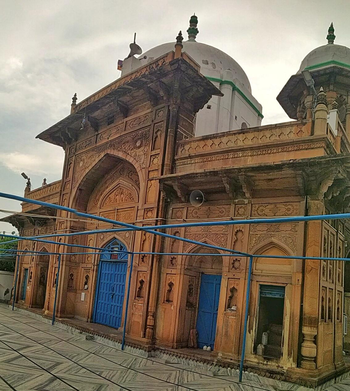 शाही मस्जिद इलाहाबादी
