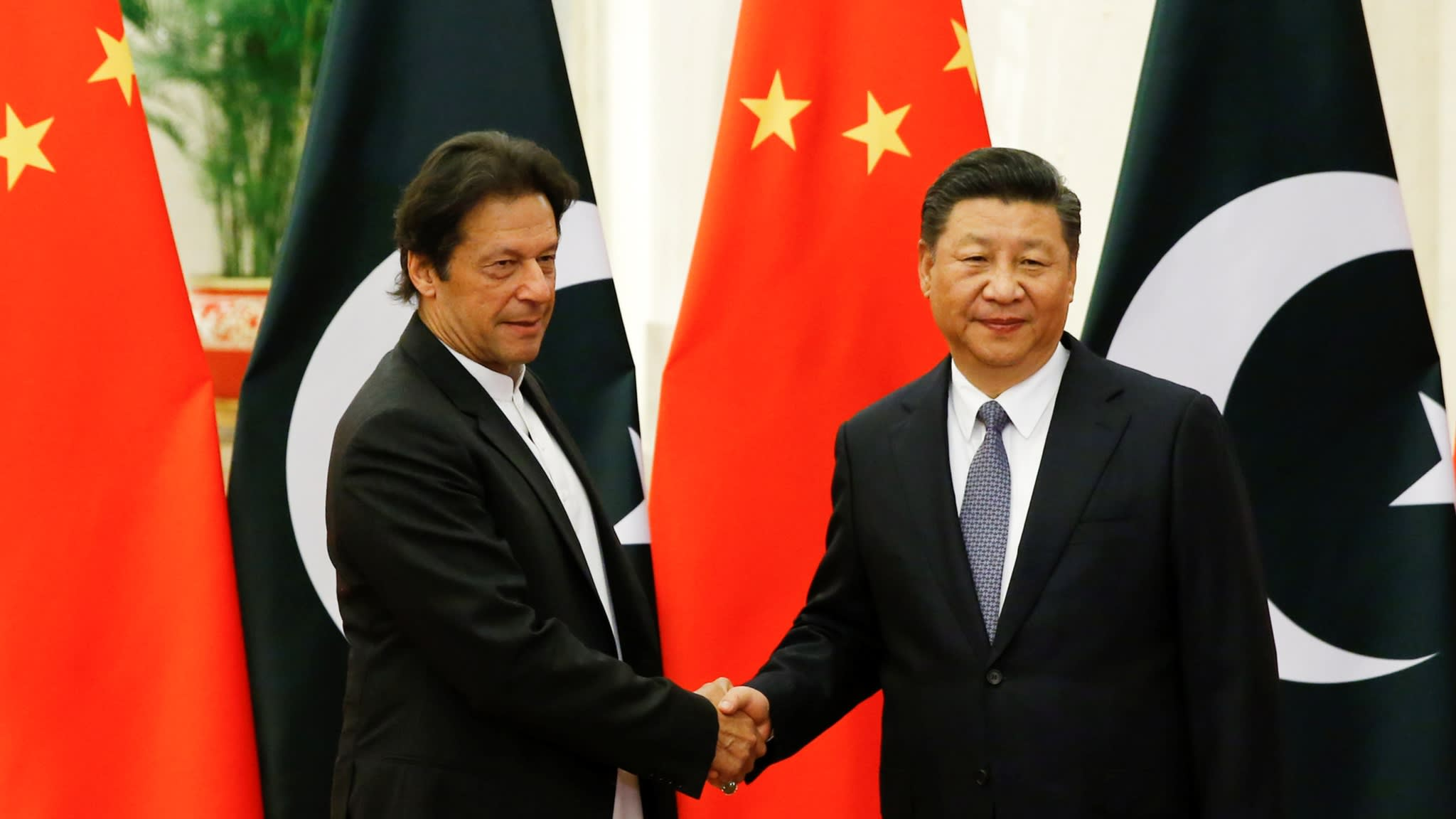 Imran seeks loan of 11 thousand crores from China, to repay Saudi debt