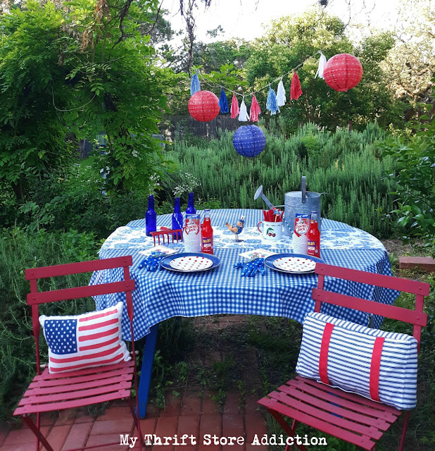 garden lover's patriotic tablescape