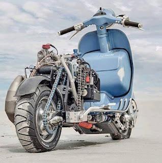 Vespa 1000 cc untuk menantang balap moge