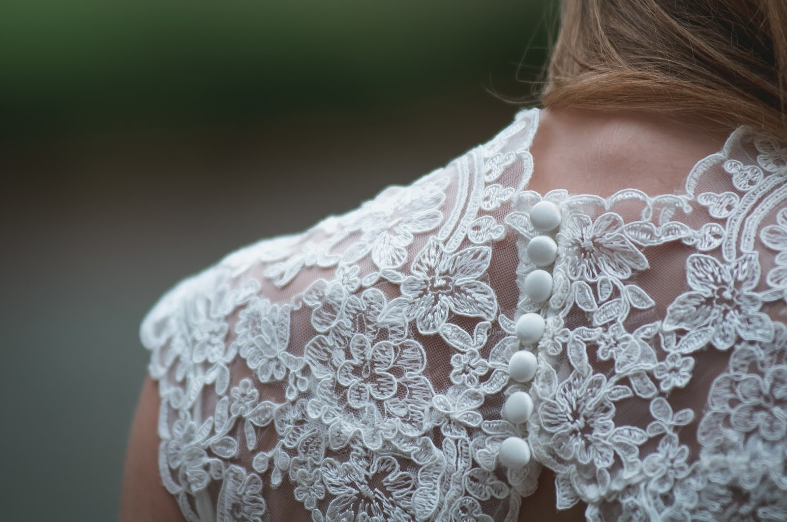Back detail of wedding dress - planning a stylish wedding on a budget - motherdistracted.co.uk