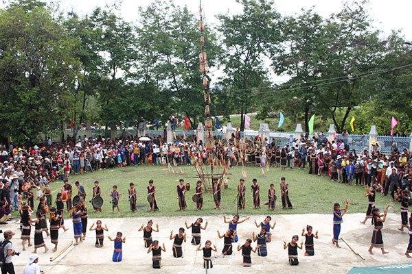 Gìn giữ và phát huy giá trị các lễ hội truyền thống trong cộng đồng