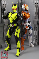 S.H. Figuarts Kamen Rider Valkyrie Rushing Cheetah 31S.H. Figuarts Kamen Rider Valkyrie Rushing Cheetah 52